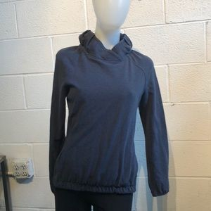 Lululemon blue soft l/s sweat shirt sz 4 59872